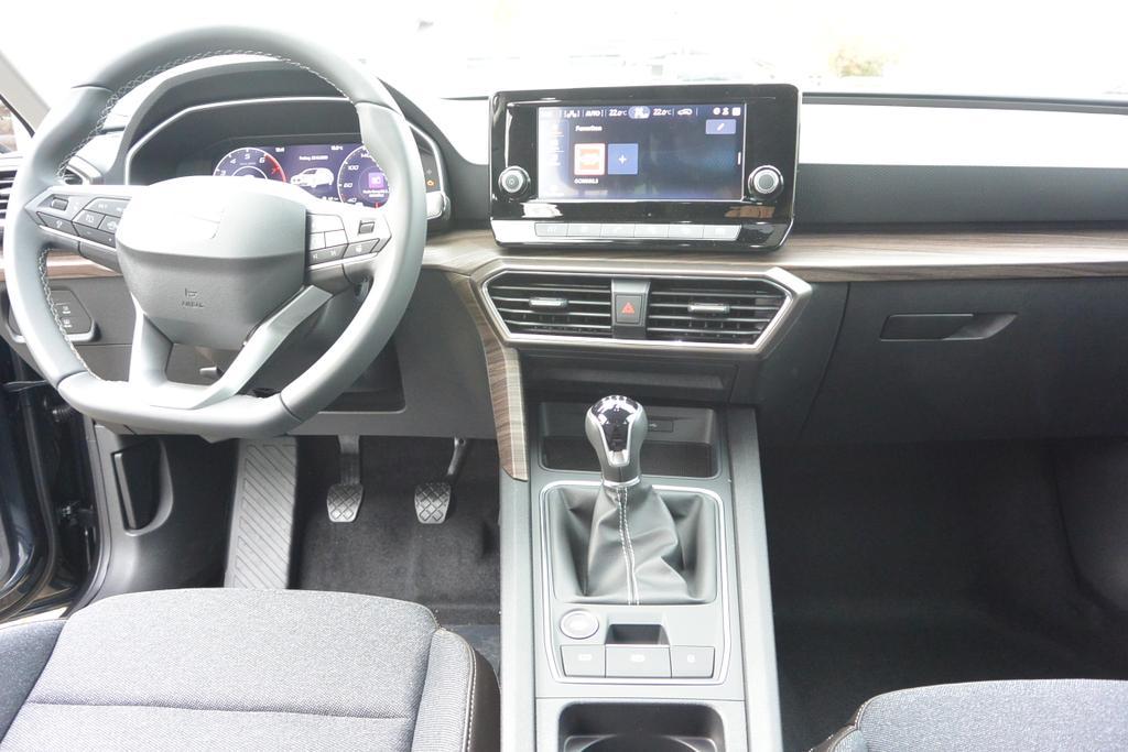 Seat Leon Sportstourer Kombi XCELLENCE Reimport EU Neuwagen Tageszulassung günstig kaufen