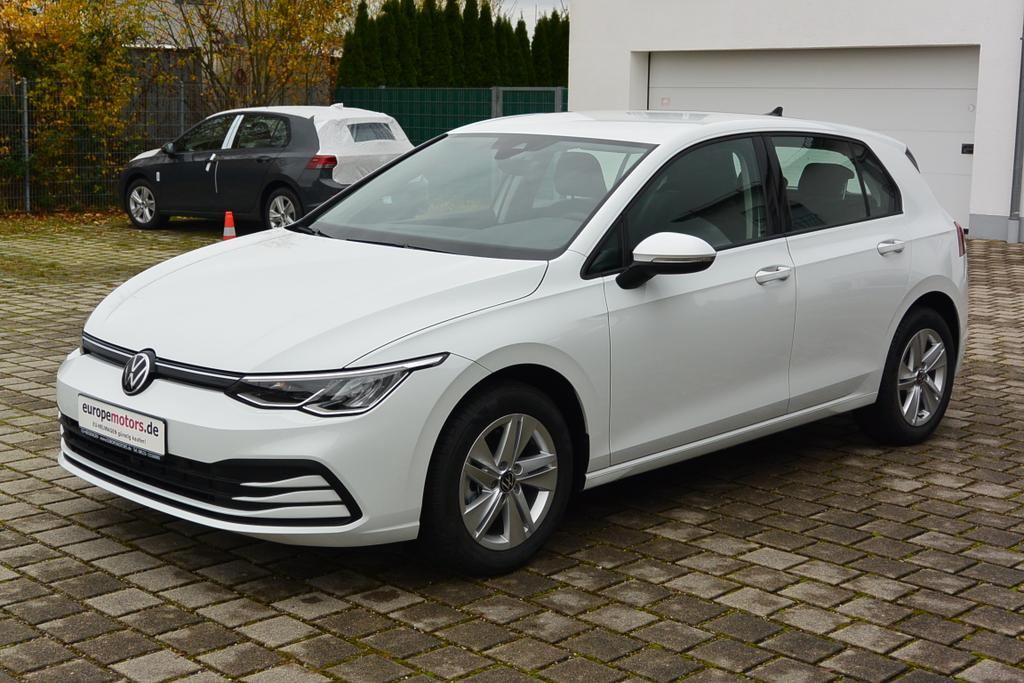 Volkswagen Golf Basis 1 0 Tsi Opf 66 Kw 90 Ps Reimport Eu Neuwagen Zum Gunstigen Preis