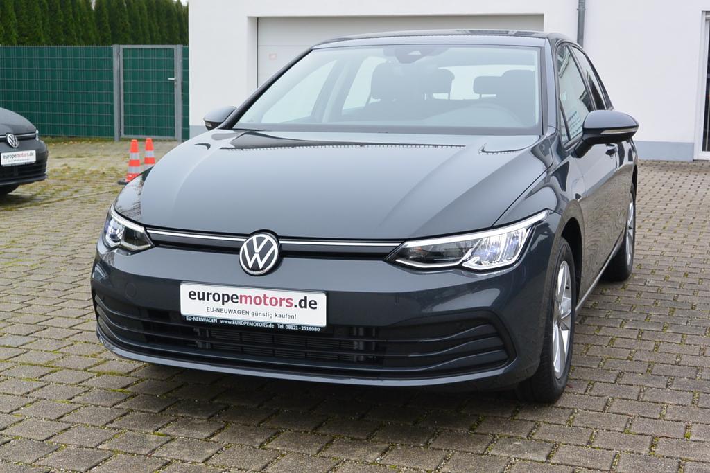 VW Golf 8 Life Reimport EU-Neuwagen günstig kaufen! europemotors.de GmbH in Neufinsing nahe München und Erding