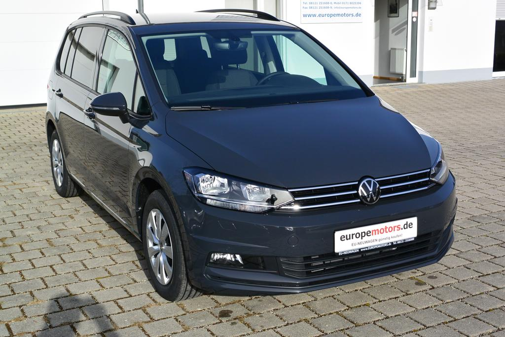 VW Touran Comfortline Reimport EU Neuwagen Tageszulassung - europemotors in Neufinsing bei München nahe Erding