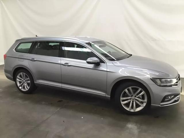 Volkswagen Passat Variant Elegance Plus NEUES Modell 2020