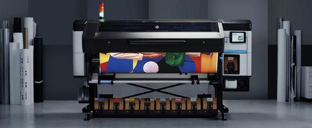 HP Latex 700 und 800 Drucker-Serie - optional mit weißer Tinte