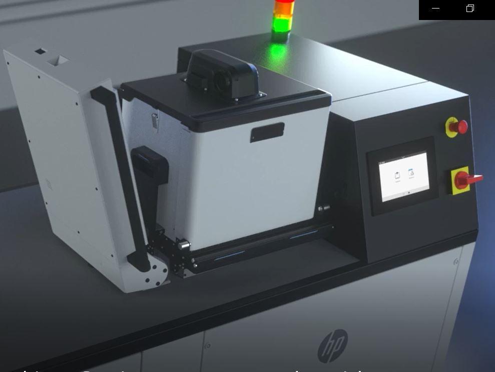 3D-Druck-Workflow Automatisiertes_Entpacken Unpacking-Station HP-Jet-Fusion-5200 Entpacken Bauräume-Entpacken