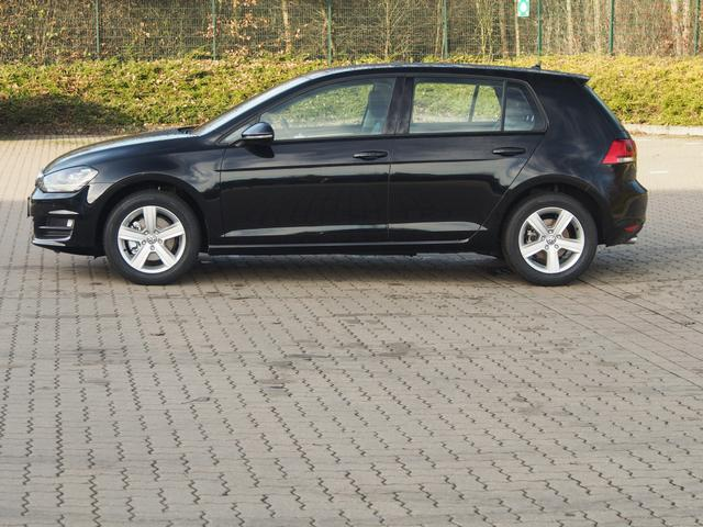 Volkswagen Golf - Highline