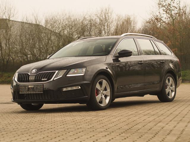 skoda octavia combi rs eu neuwagen reimport neufahrzeuge. Black Bedroom Furniture Sets. Home Design Ideas