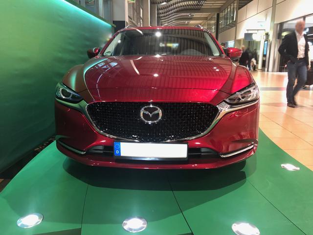 Mazda6 Kombi - Premium -NAVI/LED/SHZ/ACC