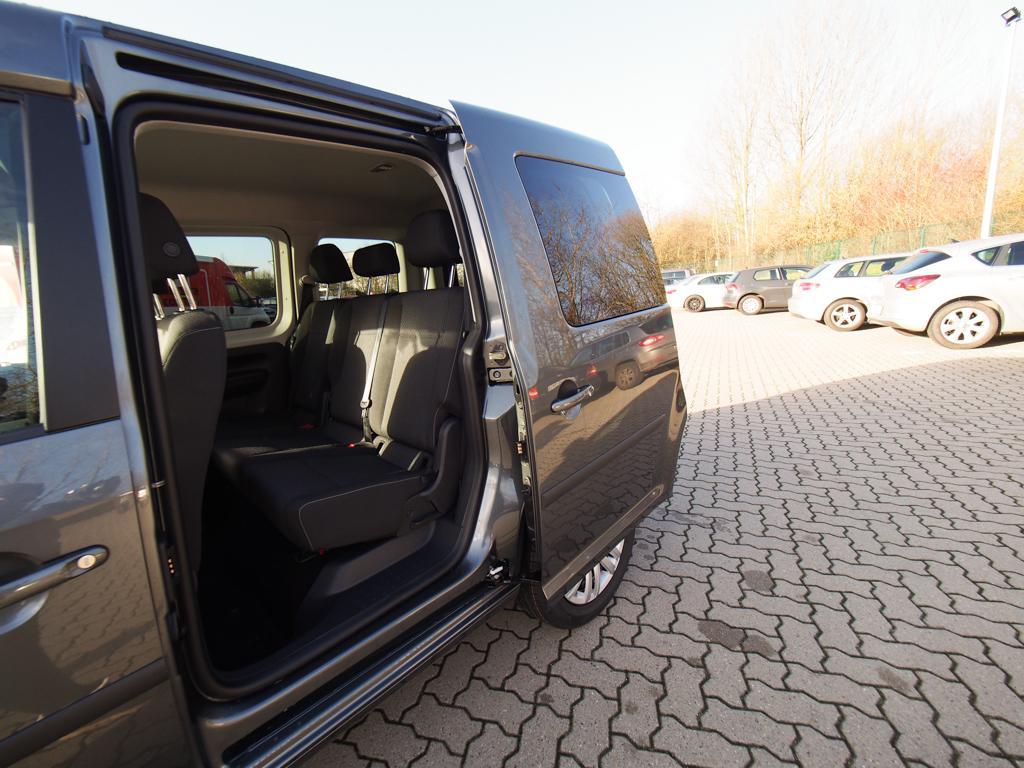 volkswagen caddy trendline shz klimaaut bluetooth. Black Bedroom Furniture Sets. Home Design Ideas