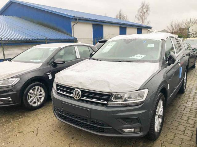Volkswagen Tiguan - Edition Comfortline KLIMAAUT./PDC/SHZ