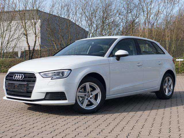 """Lagerfahrzeug Audi A3 Sportback - Basis - MMI Navi, ALU 16"""", Komfortklimaautomatik"""