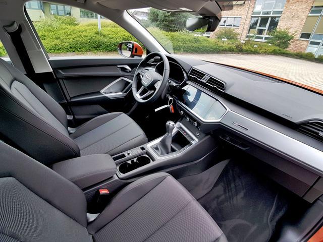 Audi / Q3 /  /  /  /