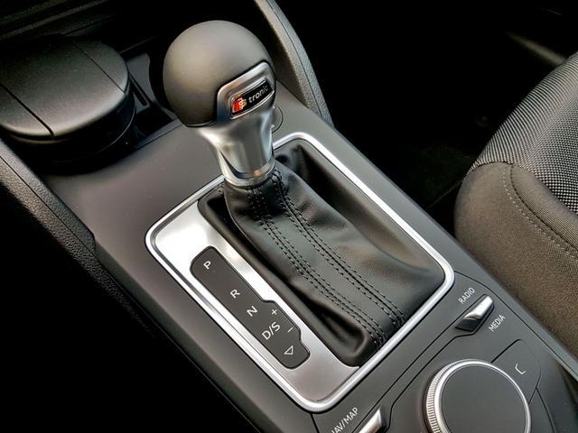 Audi / Q2 /  /  /  /
