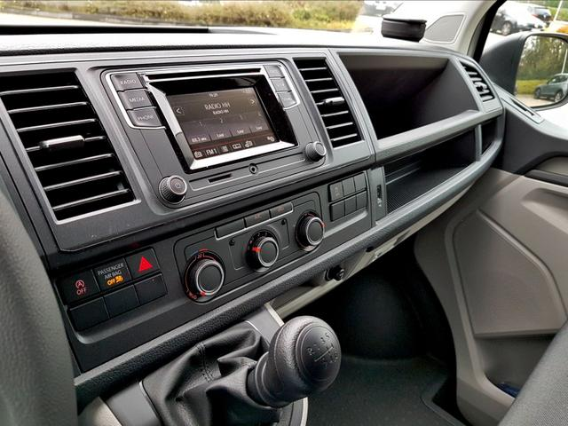 Volkswagen / T6 Transporter Kastenwagen /  /  /  /