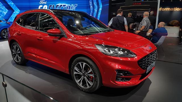 Ford Kuga - Trend Hybrid NAVi/SHZ/PDC v h Bestellfahrzeug