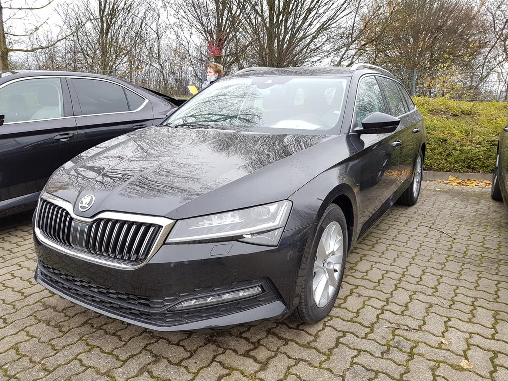 Skoda Superb Combi Ambition EU-Neuwagen Reimport