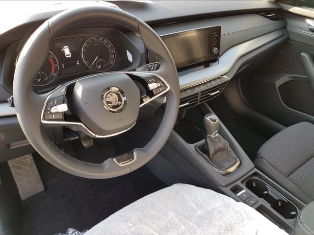 Skoda Octavia Combi - Ambition Neues Modell/LED/ALU/Kamera Lagerfahrzeug