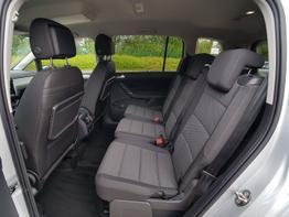 Volkswagen Touran Comfortline EU-Neuwagen Reimport
