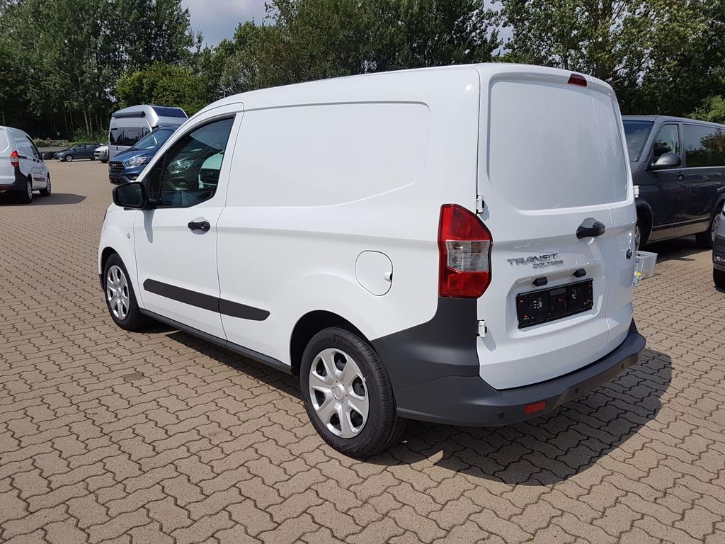Ford Transit Courier EU-Neuwagen Reimport