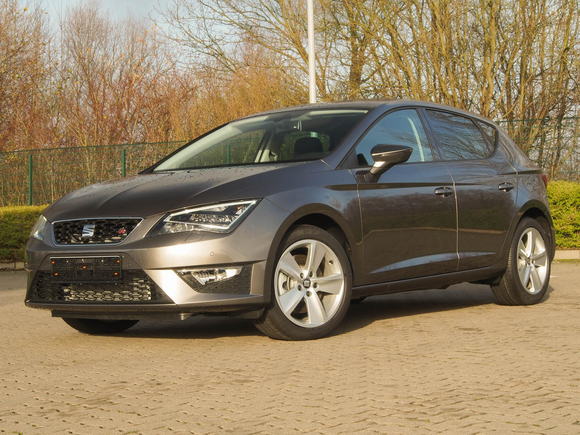 seat leon fr neuwagen mit rabatt eu reimporte g nstig. Black Bedroom Furniture Sets. Home Design Ideas
