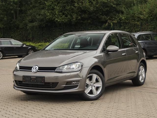 Volkswagen Golf - Highline 2.0 TDI DSG  Navigation