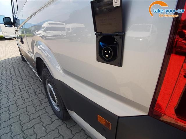 Volkswagen / Grand California /  /  /  /