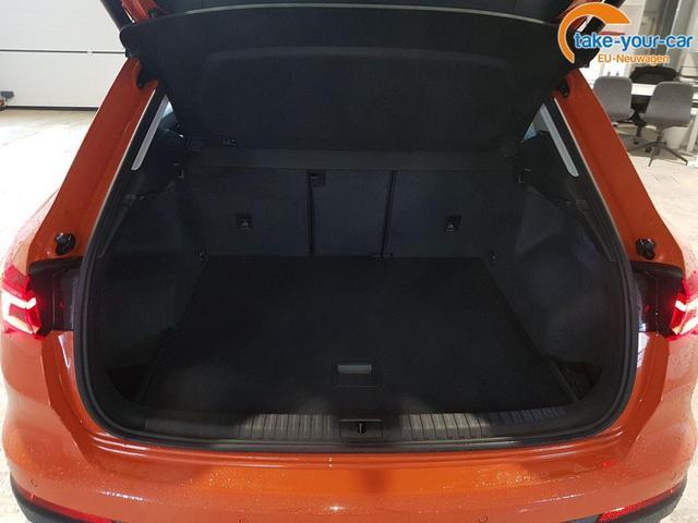Audi / Q3 / Orange /  /  /
