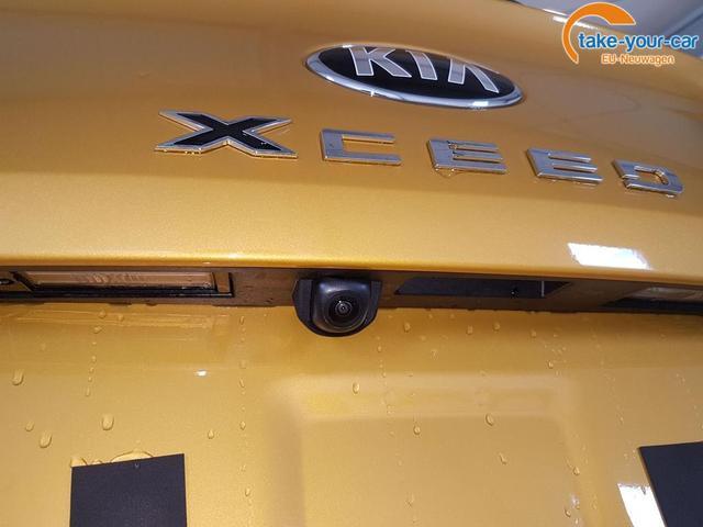 Kia / XCeed / Gold /  /  /