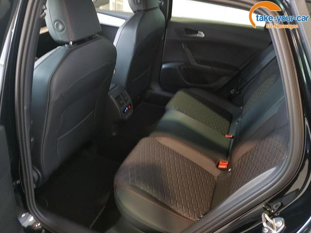 Seat / Leon ST / Schwarz /  /  /