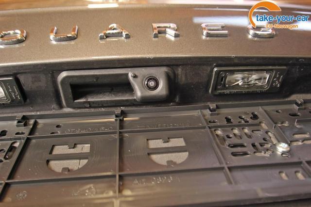Volkswagen Touareg 3.0 TDI V6 4-Motion Style, Innovision, AHK, Kamera, Winterpaket