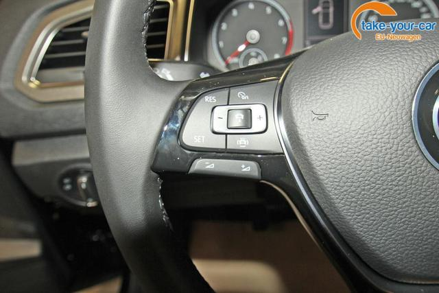 Volkswagen T-Roc 1.5 TSI Style, LED, Kamera, Fahrassistenz, Winterpaket