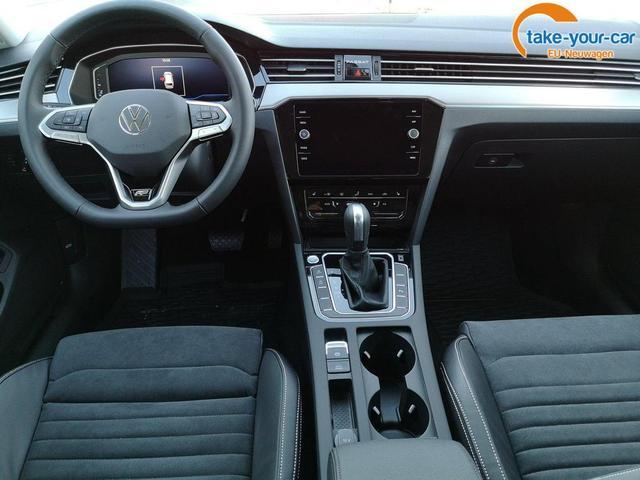 Volkswagen Passat Variant Var. 2.0TDi R-Line DSG 4Motion ACC, elek. HK, Matrix, Navi