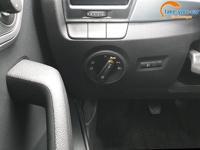 Skoda Fabia Combi 1.0 TSI 95PS Ambition Sitzheizung Rückf.Kamera Klima Skoda-Radio Bluetooth Apple CarPlay Android Auto Dachreling PDC LM-Felgen Nebelsch.