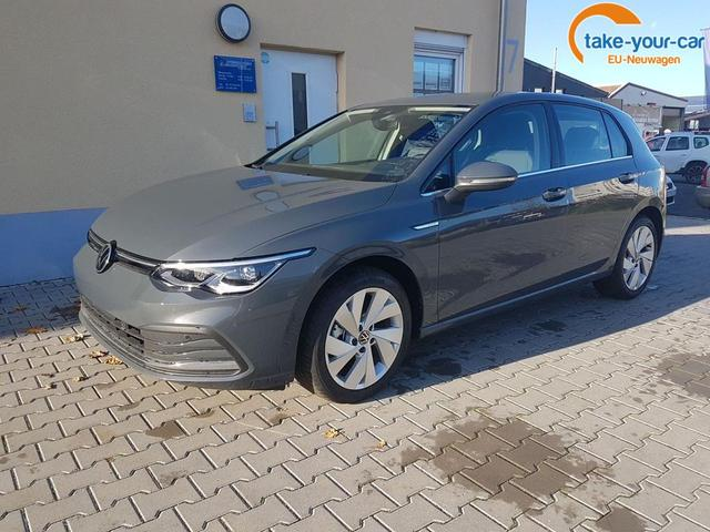 Volkswagen / Golf / Grau / Style /  / DSG