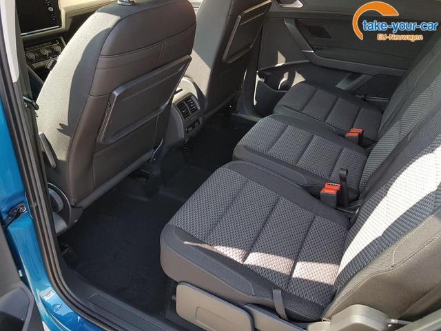 Volkswagen / Touran / Blau / Comfortline  /  / Navi, Kamera, Seitenairbags, Family
