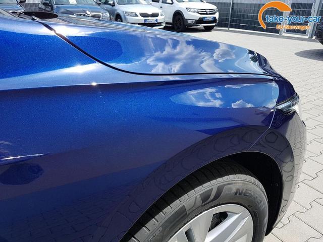 Volkswagen / Golf / Blau / Life  /  / DSG