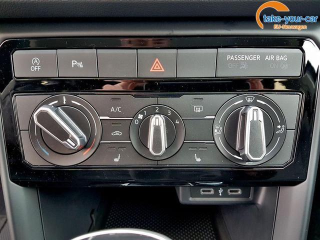 Volkswagen / T-Cross / Schwarz / Life /  /