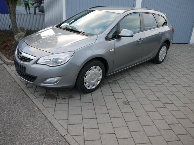 Gebrauchtfahrzeug Opel Astra Sports Tourer - 2.0 CDTI 150 JAHRE   AUTOMATIK AHK NAVI PDC SHZG LENKRADHEIZUNG