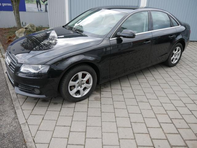 Gebrauchtfahrzeug Audi A4 Limousine - 1.8 TFSI ATTRACTION   XENON PARKTRONIC SITZHEIZUNG LM-FELGEN 16 ZOLL