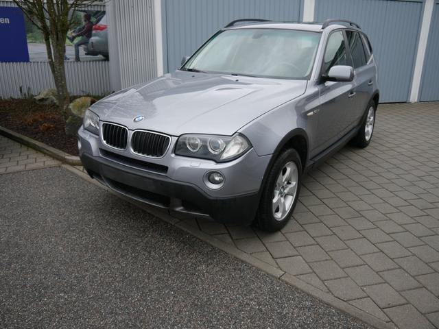 Gebrauchtfahrzeug BMW X3 - xDrive 20d DPF   AUTOMATIC AHK COMFORT PAKET PLUS LEDER NAVI XENON PDC SHZG