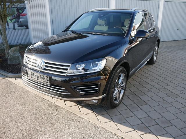 Gebrauchtfahrzeug Volkswagen Touareg - 3.0 V6 TDI SCR 4M R-LINE   LEDER BEIGE LUFTFEDERUNG PANORAMA-DACH AHK STANDHEIZUNG