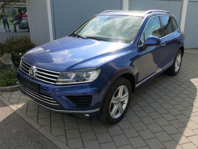 Gebrauchtfahrzeug Volkswagen Touareg - 3.0 V6 TDI DPF 4M   BMT LUFTFEDERUNG STANDHEIZUNG PANORAMA LEDER FAHRERASSISTENZ-& DESIGNPAKET AHK