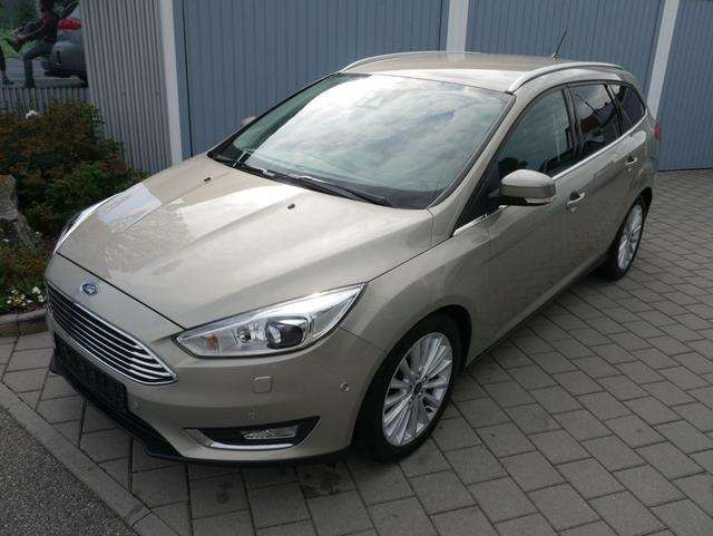 Gebrauchtfahrzeug Ford Focus Turnier - 1.5 16V EcoBoost TITANIUM   AHK WINTERPAKET PARK-ASSISTENT SHZG LENKRADHEIZUNG
