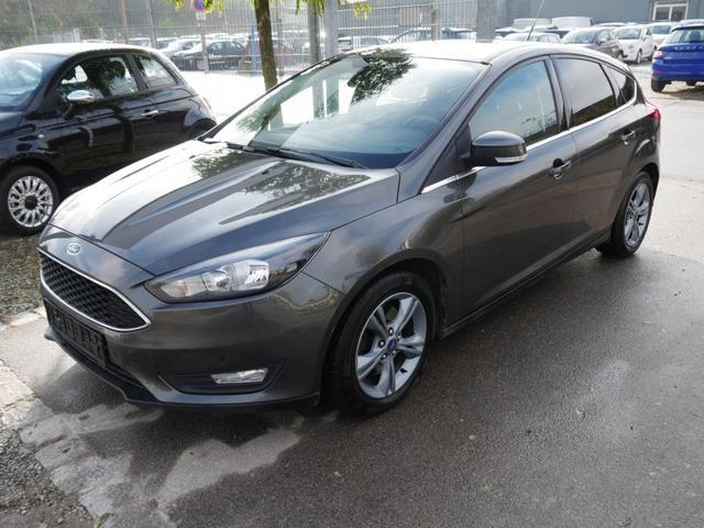 Ford Focus      1.5 EcoBoost SPORT * WINTERPAKET SITZHEIZUNG PARKTRONIC LM-FELGEN 16 ZOLL
