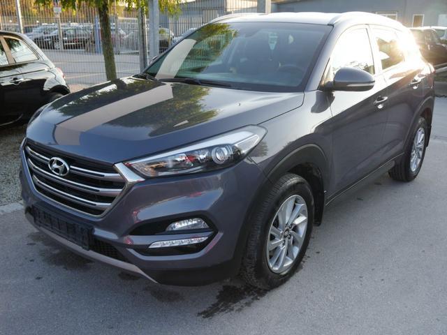 Hyundai Tucson      2.0 CRDI DPF STYLE 4WD * AUTOMATIC NAVI PDC RÜCKFAHRKAMERA SHZG VORN & HINTEN
