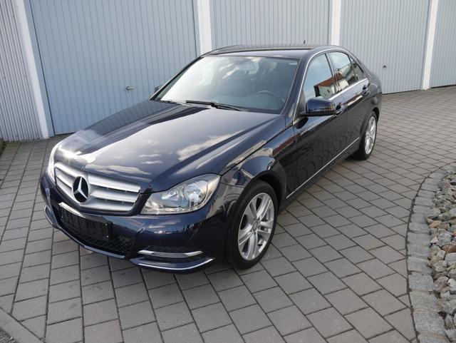 Mercedes-Benz C-Klasse      C 180 CGI AVANTGARDE * BE AHK PARKTRONIC SITZHEIZUNG LM-FELGEN 17 ZOLL