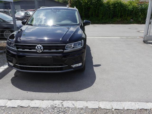 Lagerfahrzeug Volkswagen Tiguan - 2.0 TDI DPF DSG 4MOTION HIGHLINE   BMT AHK NAVI DISCOVER PRO UMGEBUNGSKAMERA
