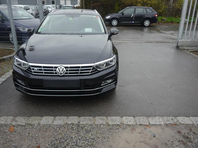 Gebrauchtfahrzeug Volkswagen Passat Variant - 2.0 TDI DPF DSG SCR HIGHLINE   BMT R-LINE EXTERIEUR BUSINESS PREMIUM-PAKET ACC