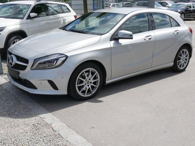 Gebrauchtfahrzeug Mercedes-Benz A-Klasse - A 180 URBAN   7G-DCT LED HIGH SCHEINWERFER NAVI GARMIN PARK-PILOT RÜCKFAHRKAMERA