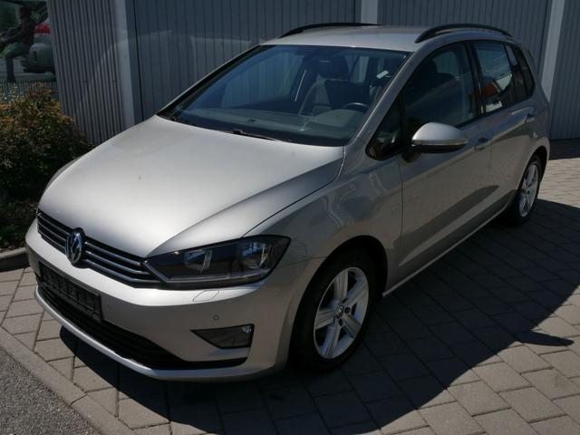 Gebrauchtfahrzeug Volkswagen Golf - Sportsvan 2.0 TDI DPF DSG COMFORTLINE   BMT NAVI PDC WINTERPAKET SITZHEIZUNG
