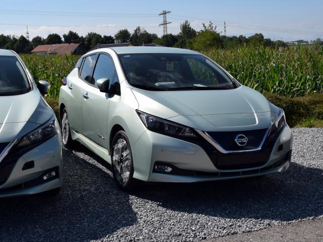 Nissan Leaf - 40 kWh- N-CONNECTA ( NAVI KAMERA- 360° SHZ)