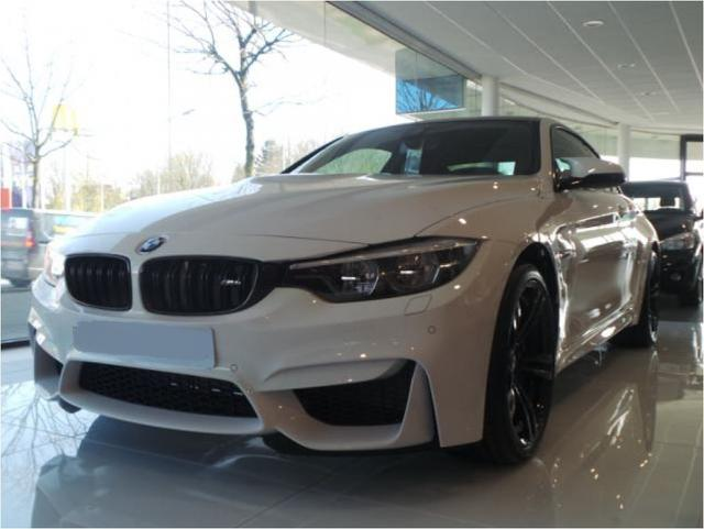 BMW M4 - Facelift Head -Up Competition Paket LED